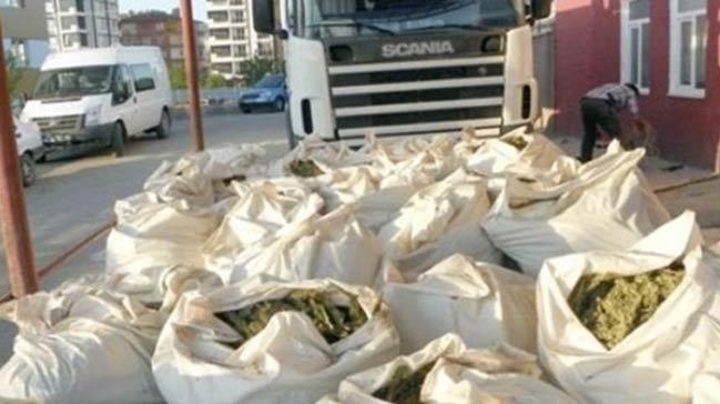 Çanakkale'de 1,5 ton esrar ele geçirildi