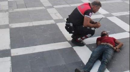 Şanlıurfa'da alkollü gençler bıçakla dehşet saçtı