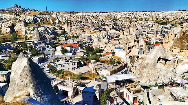 Peri bacalı şehir Kapadokya