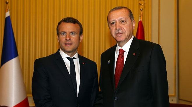 Cumhurbaşkanı Erdoğan, Fransız mevkidaşı Macron ile telefonda görüştü
