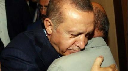 Erdoğan'ın duygusal anları! Görünce...