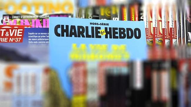 Charlie Hebdo'dan tepki çeken kapak