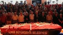 Muzaffer İzgü'ye İzmir'de tören düzenlendi