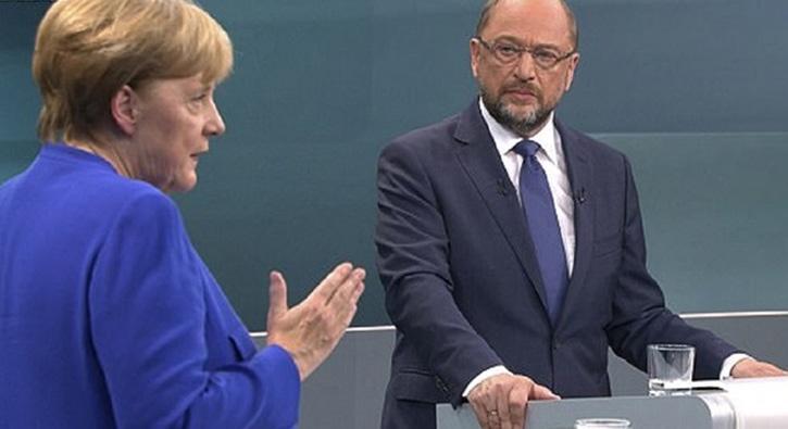 Merkel%E2%80%99den+skandal+T%C3%BCrkiye+a%C3%A7%C4%B1klamas%C4%B1