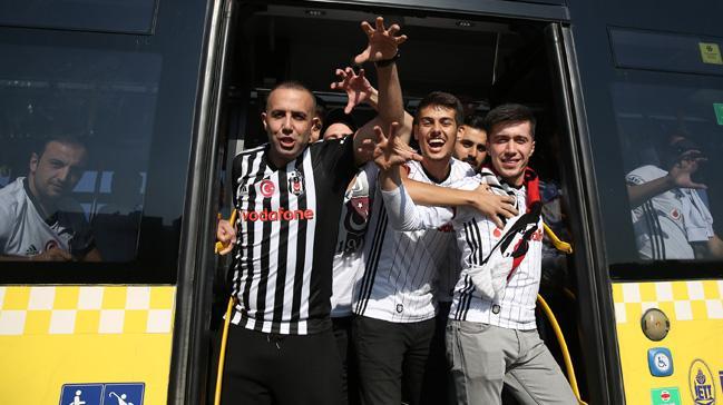 Fenerbahçe - Beşiktaş derbisi öncesi 30 Beşiktaşlı taraftar gözaltına alındı