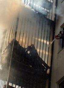 Yangın merdiveninde yangın çıktı!