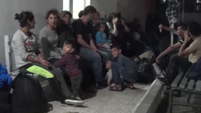 Balıkesir'de 37 kaçak göçmen yakalandı