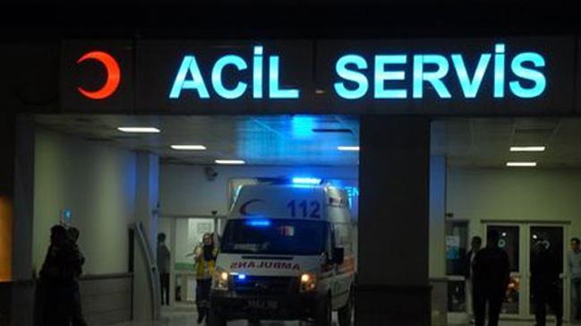 Hasta ziyaretine giden aile kaza yaptı 1 ölü 5 yaralı