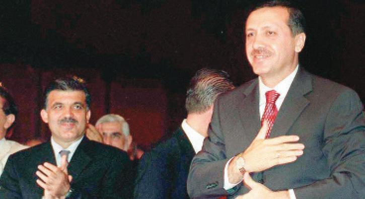 AK Parti iktidardaki 15 yılını doldurdu