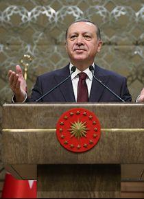 Cumhurbaşkanı Erdoğan'dan CHP'ye 'eşcinsel kotası' tepkisi