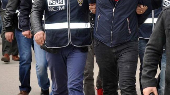 Emniyet mensubu 11 FETÖ'cü tutuklandı