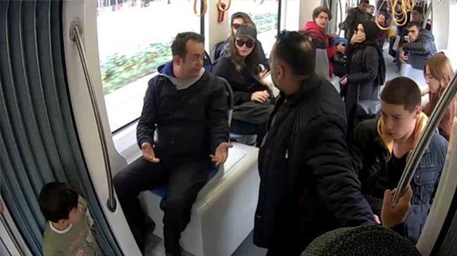 Sosyal deneyi gerçek sanan yolcular oyuncuları azarladı