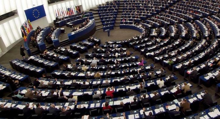 Avrupa Parlamentosu'ndan PKK ve DHKP-C kararı