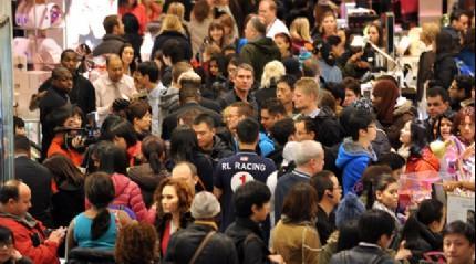 ABD'de 'Kara Cuma' satışları başladı