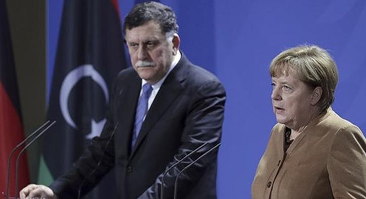 Merkel-Es+Serrac+g%C3%B6r%C3%BC%C5%9Fmesi%E2%80%99nden+Filistin%E2%80%99e+destek+%C3%A7%C4%B1kt%C4%B1