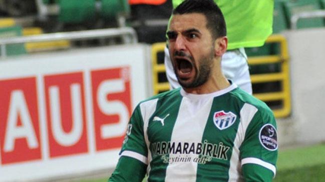 Galatasaray%E2%80%99dan+Bursaspor%E2%80%99a+Aziz+Behich+i%C3%A7in+2,5+milyon+euro