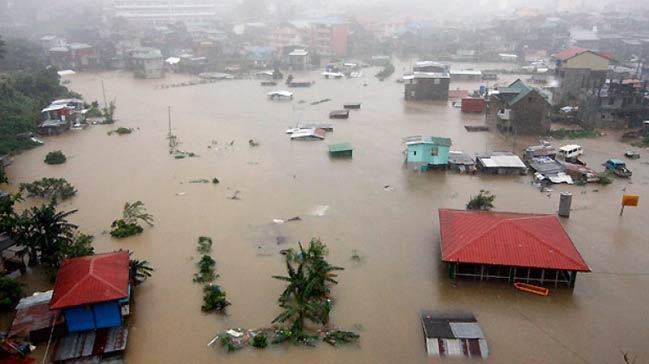 Filipinler%E2%80%99de+f%C4%B1rt%C4%B1nan%C4%B1n+yol+a%C3%A7t%C4%B1%C4%9F%C4%B1+sel+ve+toprak+kaymas%C4%B1nda+iki+ki%C5%9Fi+hayat%C4%B1n%C4%B1+kaybetti++++++