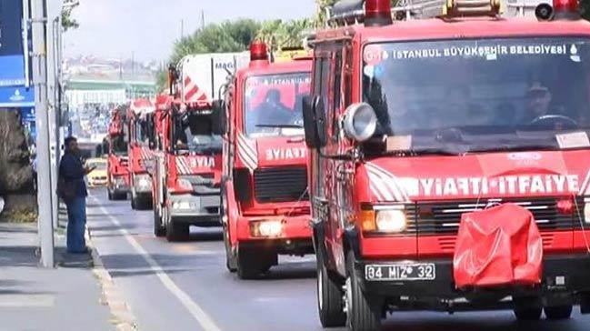 İkitelli'de korkutan depo yangını