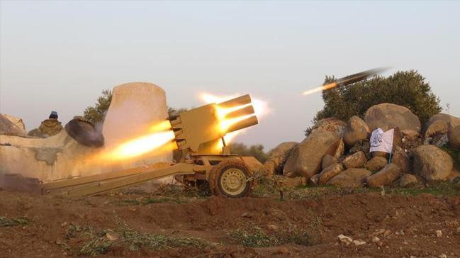 Suriye%E2%80%99de+rejim+g%C3%BC%C3%A7leri+Ebu+Zuhur%E2%80%99dan+uzakla%C5%9Ft%C4%B1r%C4%B1l%C4%B1yor