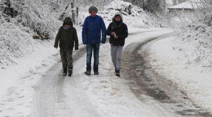 Kırklareli'nin yüksek kesimlerinde kar yağışı yeniden başladı
