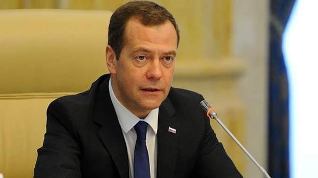 Medvedev: Birkaç yıl sonra kripto para piyasadan çıkabilir