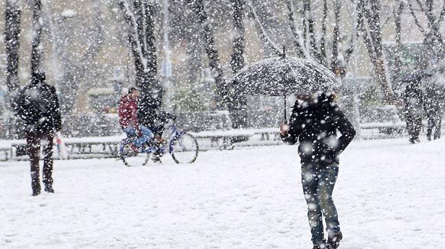 Sivas'ta yoğun kar nedeniyle bir gün tatil