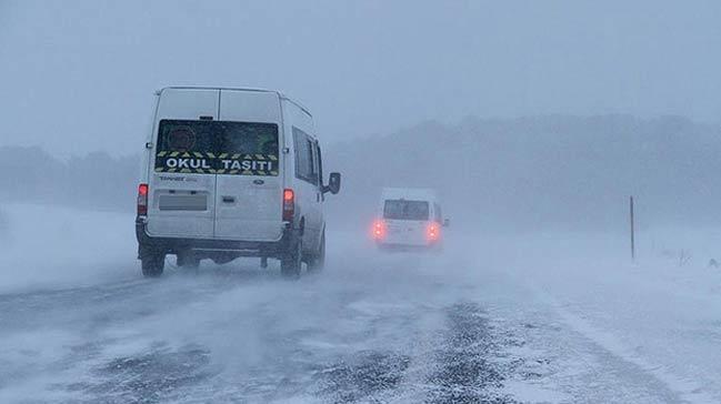 Kar ve tipi nedeniyle bazı yollar trafiğe kapandı
