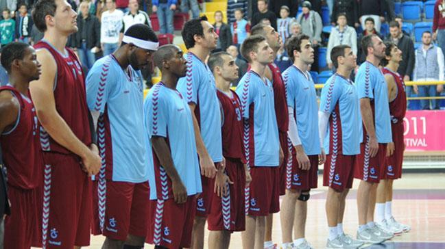 Trabzonspor%E2%80%99da+%C3%B6demeler+yap%C4%B1ld%C4%B1,+yabanc%C4%B1+oyuncular+ma%C3%A7a+%C3%A7%C4%B1kma+karar%C4%B1+ald%C4%B1
