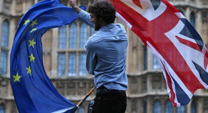 Brexit+m%C3%BCzakerelerinde+kriz+%C3%A7%C4%B1kt%C4%B1+