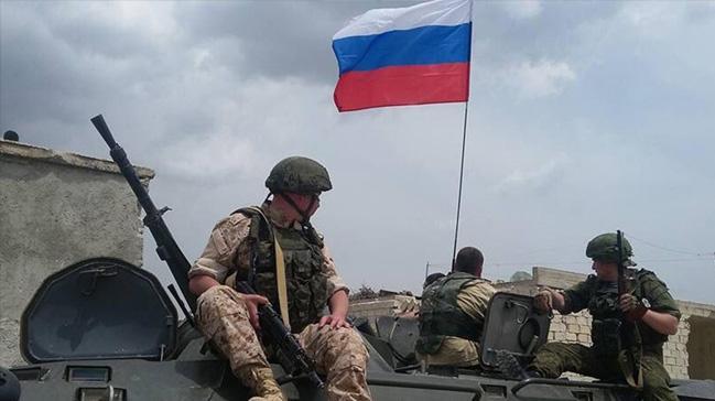 Rus+askerleri+hedef+vurmak+i%C3%A7in+yar%C4%B1%C5%9Ft%C4%B1++
