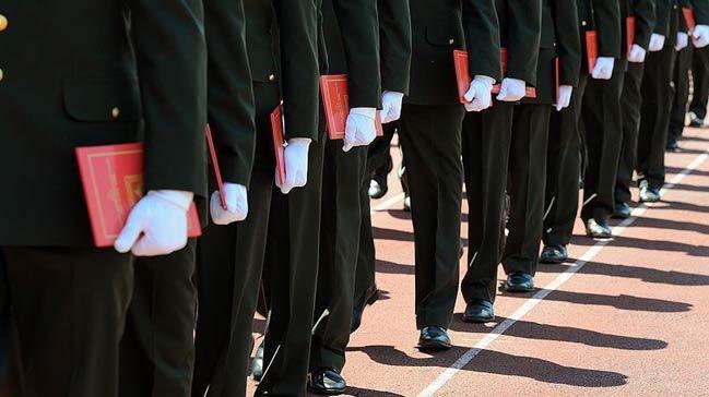 Askeri+%C3%B6%C4%9Frenci+s%C4%B1nav%C4%B1na+ba%C5%9Fvurular+yar%C4%B1n+sona+eriyor