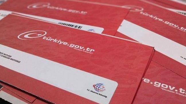 E-Devlet Alt-Üst Soy bilgisi sorgulama sayfası yeniden açıldı