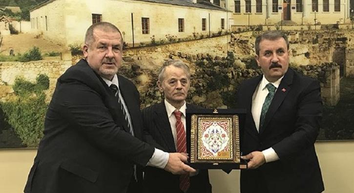 BBP Genel Başkanı Destici'den Kırım Tatar Milli Meclisi'ne ziyaret