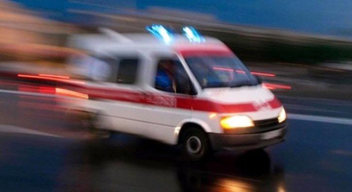 Aydın'da otomobilin devrilmesi sonucu 1'i bebek 2 kişi hayatını kaybetti, 3 kişi yaralandı