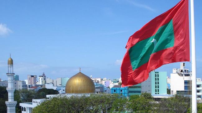 Maldivler'de olağanüstü hal uzatıldı