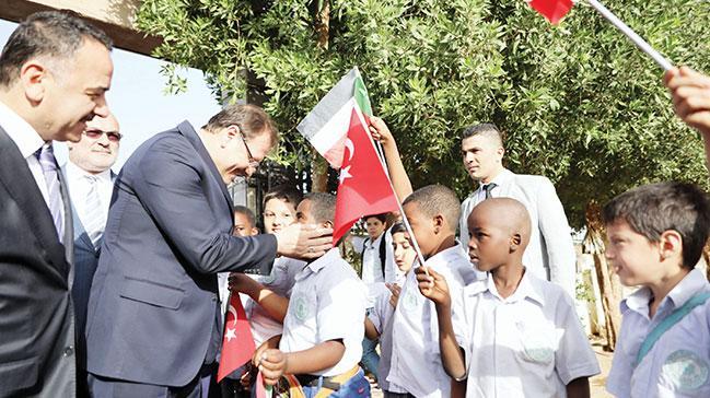 Türkiye kendisine yeni bir dünya kuruyor