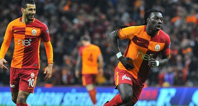 Bafetimbi Gomis: Bu 3 golü Yener İnce'ye armağan ediyorum