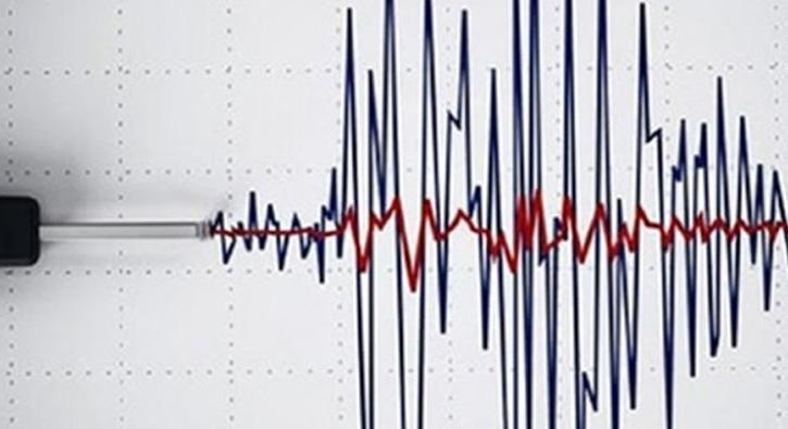 %C4%B0zmir+K%C3%B6rfezi%E2%80%99nde+3,4+%C5%9Fiddetinde+deprem+oldu