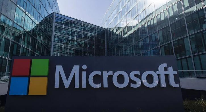Microsoft%E2%80%99tan+dijitald%C3%B6n%C3%BC%C5%9F%C3%BCme+katk%C4%B1