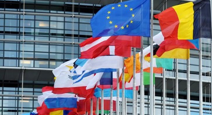 AB üyesi ülkeler mali konularda aracılık yapanlara yönelik yeni kurallar
