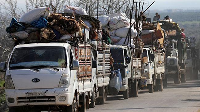Afrin ve köylerinde teröristlerin baskısı altındaki sivillerin kaçışı sürüyor