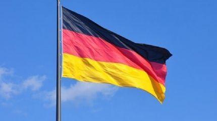 Alman hükümeti ülkedeki camilere yönelik saldırıları sert dille  kınadı