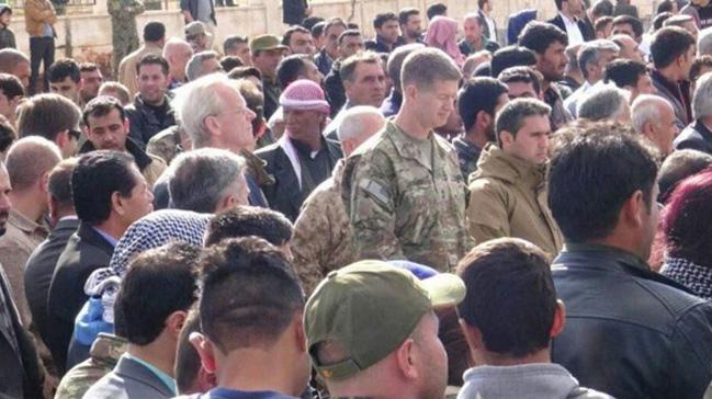 ABD'li komutan, PKK'nın susturucu silahla öldürdüğü Alluş'un cenazesinde