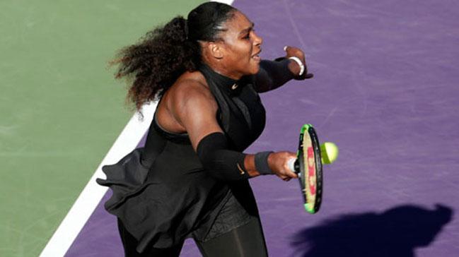 Serena Williams ilk turda veda etti