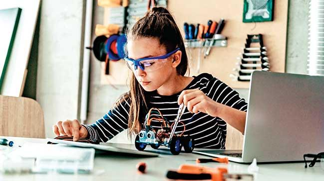 Türk şirketi yerli programladünyaya eğitim ihraç edecek