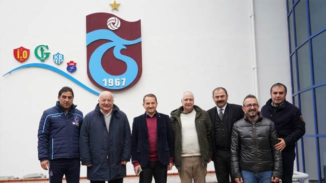 Sadri Şener'den Trabzonspor Kulübüne ziyaret