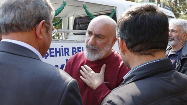 Oyuncu Mustafa Avkıran'ın babası, Antalya'da toprağa verildi