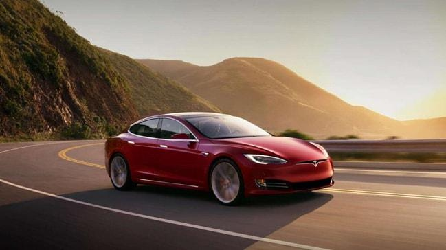 Tesla araç fiyatlarını artırıyor
