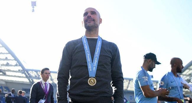 Premier Lig'de sezonun teknik direktörü Pep Guardiola