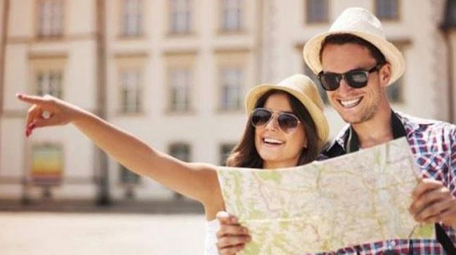 Yılın ilk 4 ayında Türkiye'yi ziyaret eden yabancı sayısı yüzde 24 arttı